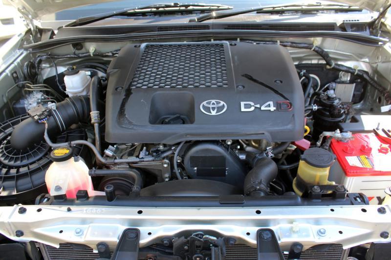 TOYOTA FORTUNER 3.0 V 4WD NAVI 2012
