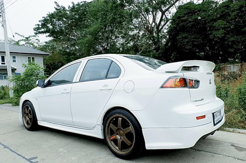 MITSUBISHI Lancer EX 1.8  2011