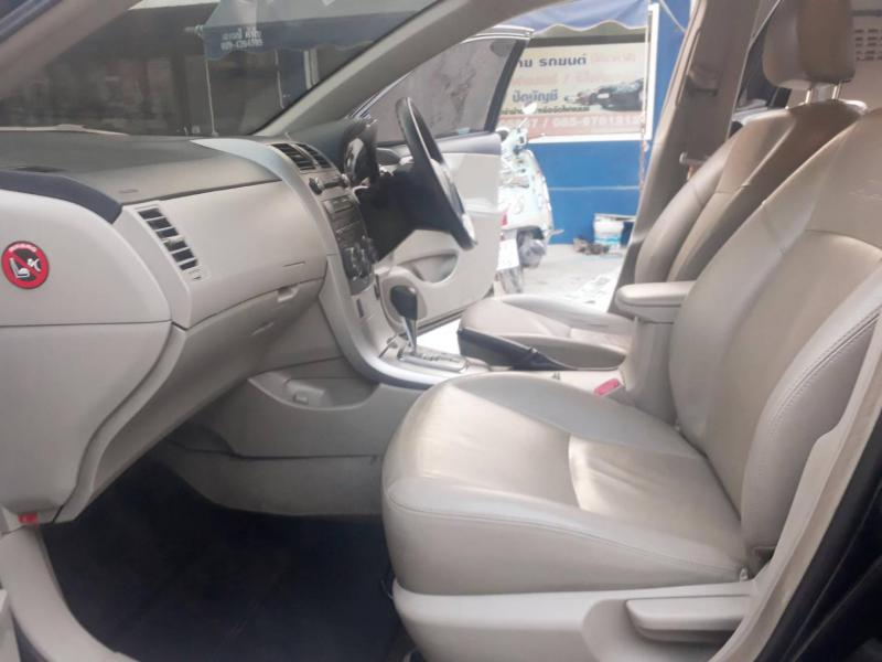 TOYOTA Corolla Altis 1.6 E CNG 2013