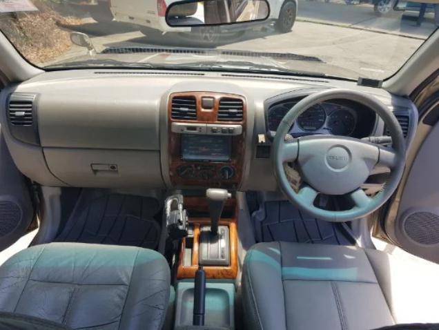 ISUZU ADVENTURE MASTER 3.0 di 4wd auto 2004