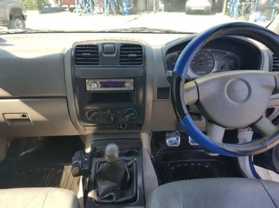 ISUZU D-MAX 4 ประตู 2500 d 2003