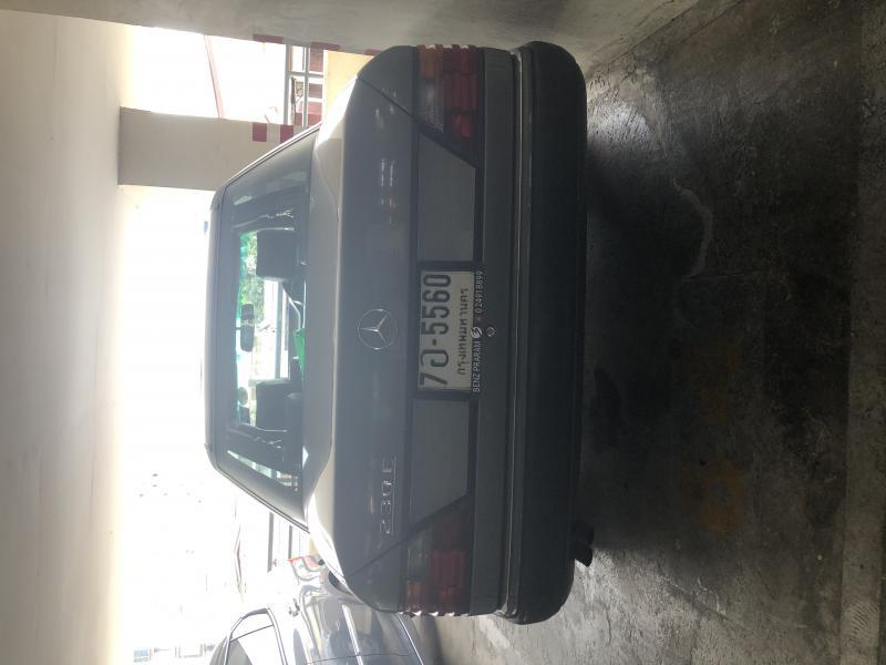 BENZ 230E W124  1993