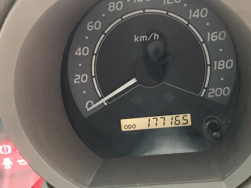 TOYOTA Hilux Vigo  M/t 2.5E 2007
