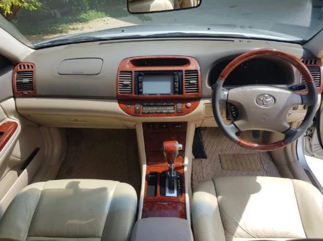 TOYOTA Camry 2.4 Q auto 2004