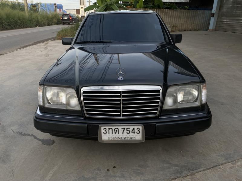 BENZ E-Class  1995