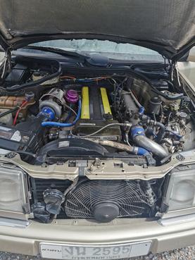 BENZ 300E w124 1989