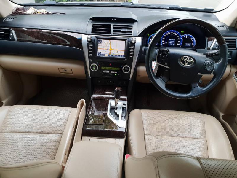 TOYOTA camry 2.5 Hybrid 2012