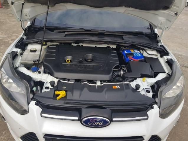 FORD Focus 2.0s 2012