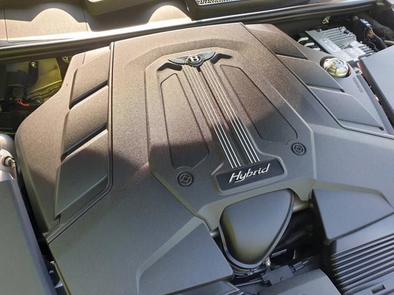 BENZ Bentley  2020
