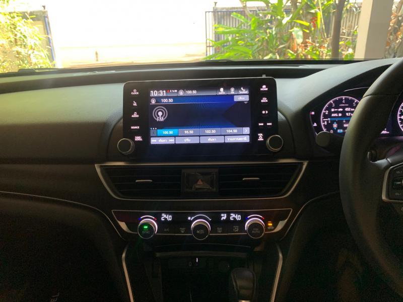HONDA accord 1.5 turbo 2019