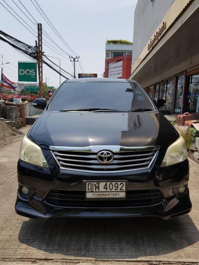 รถ INNOVA 2011 V