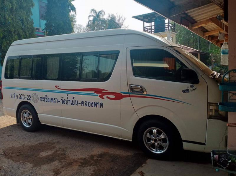 TOYOTA Commuter 2.5 2012