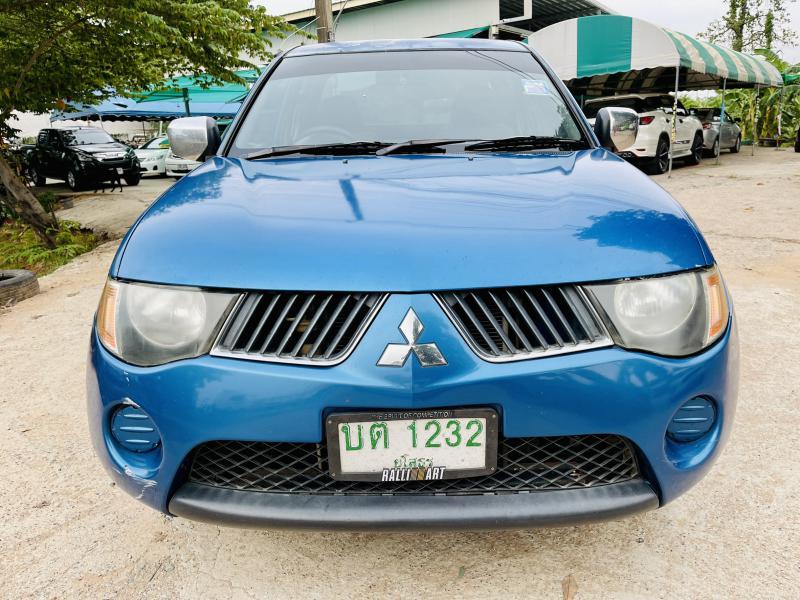 MITSUBISHI Triton 2.5 GLX MT 2006
