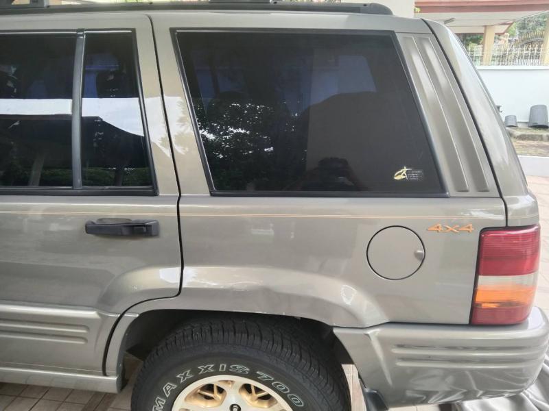 JEEP Cherokee 4.0 Limited 2000