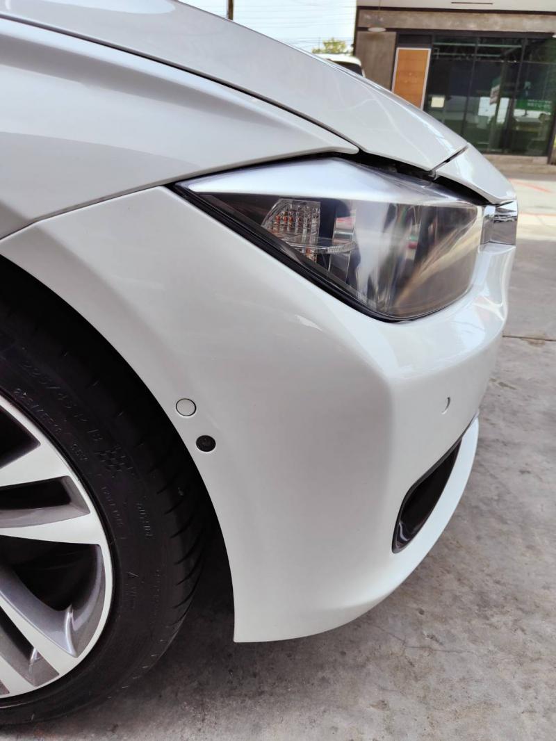 BMW 320d F30 2012