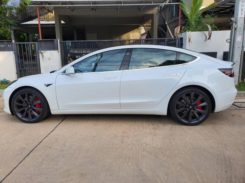 0 model 3 Performance 2020