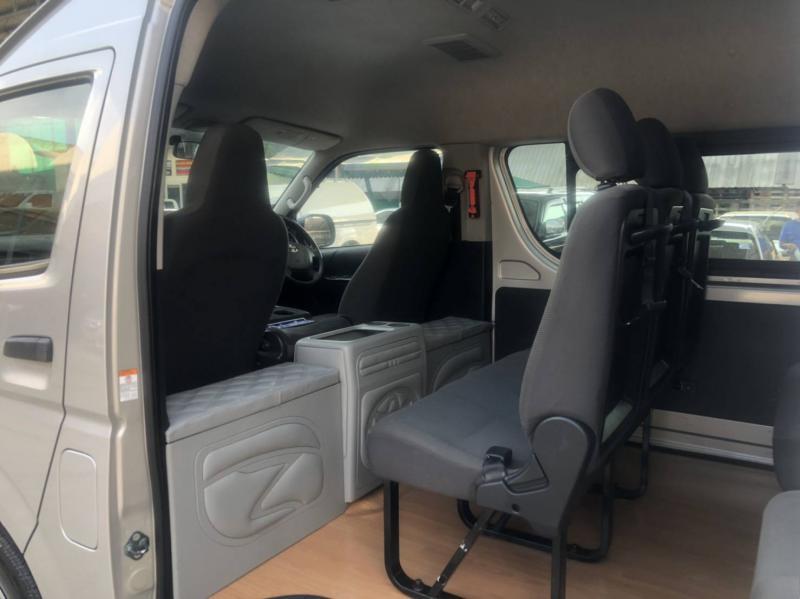 TOYOTA Commuter 3.0 Van 2017